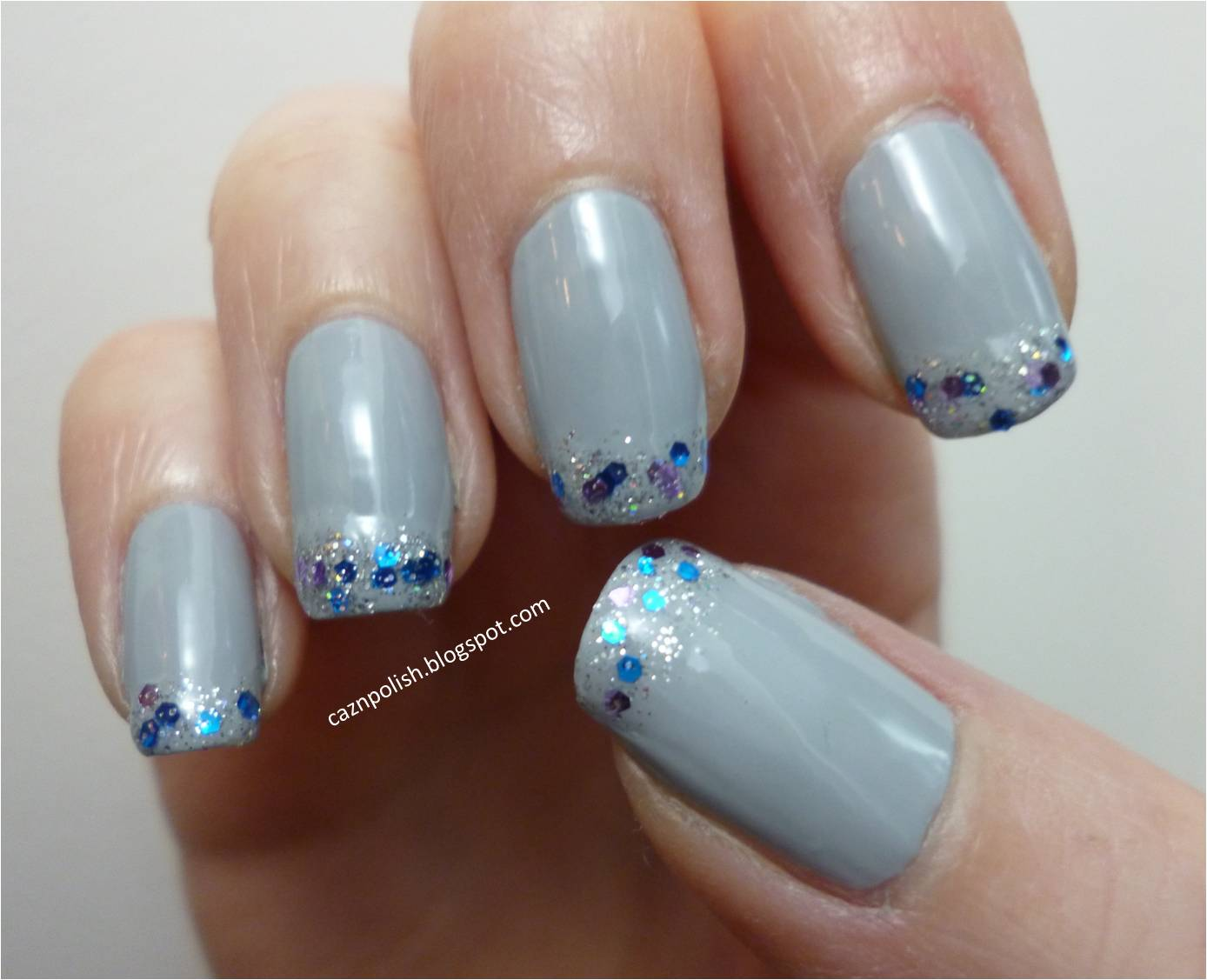 caz 'n' polish | Dreamy Glitter Tip Nails
