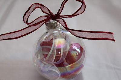 Ribbon Filled Ornament - Turtles and Tails blog