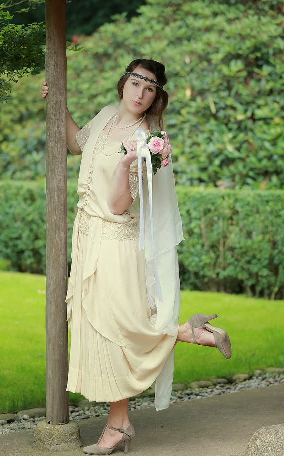 Vintage 1920s Affordable Wedding Dress