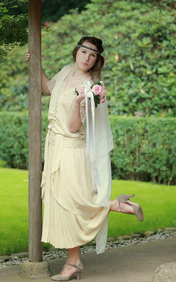 Vintage 1920s Affordable Wedding Dress
