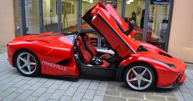 uk dealership has laferrari mclaren p1 and porsche 918 spyder for sale. Black Bedroom Furniture Sets. Home Design Ideas