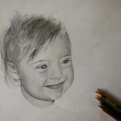 Retrato a lápiz de un bebé