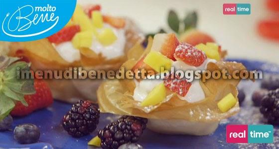 Cestini di Pasta Fillo allo Yogurt Greco e frutta fresca di Benedetta Parodi