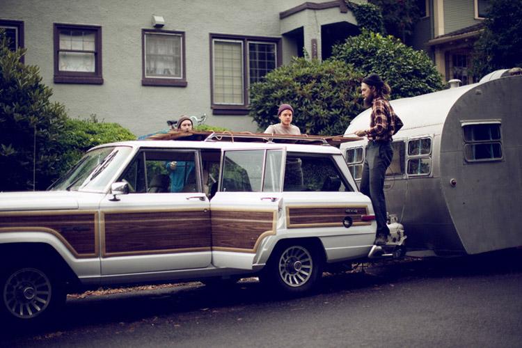 un dia de campo con los amigos-llegando -Boles-Aero trailer