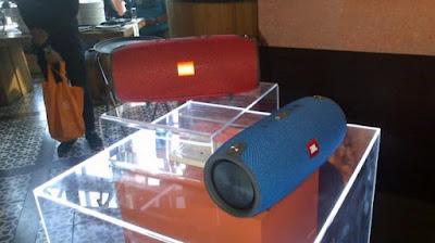 Speaker JBL® Xtreme Terbaru Bisa Dipake Ngecas Smartphone