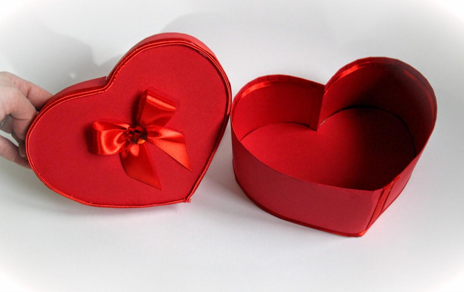 Как сделать коробку подарочную в виде сердца своими руками