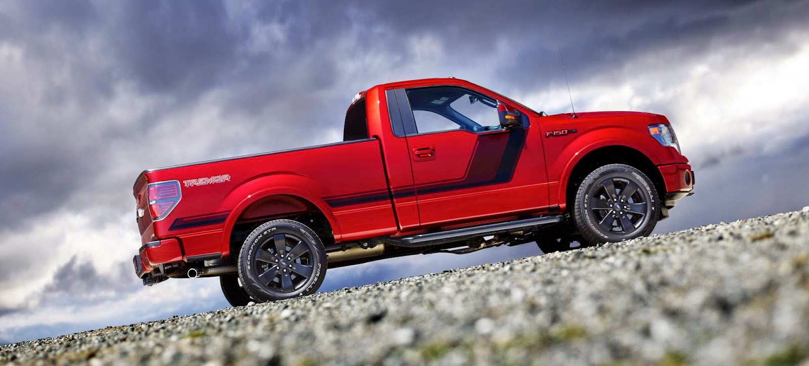 There is one key difference between the f 150 tremor and the f 150 lightnings of old where the lightnings had a big v8 heart and a suspension and chassis