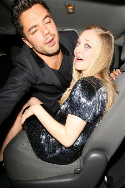 actress amanda seyfried and her boyfriend 2011 hollywood