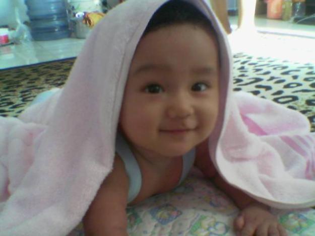 gambar bayi baru lahir lucu