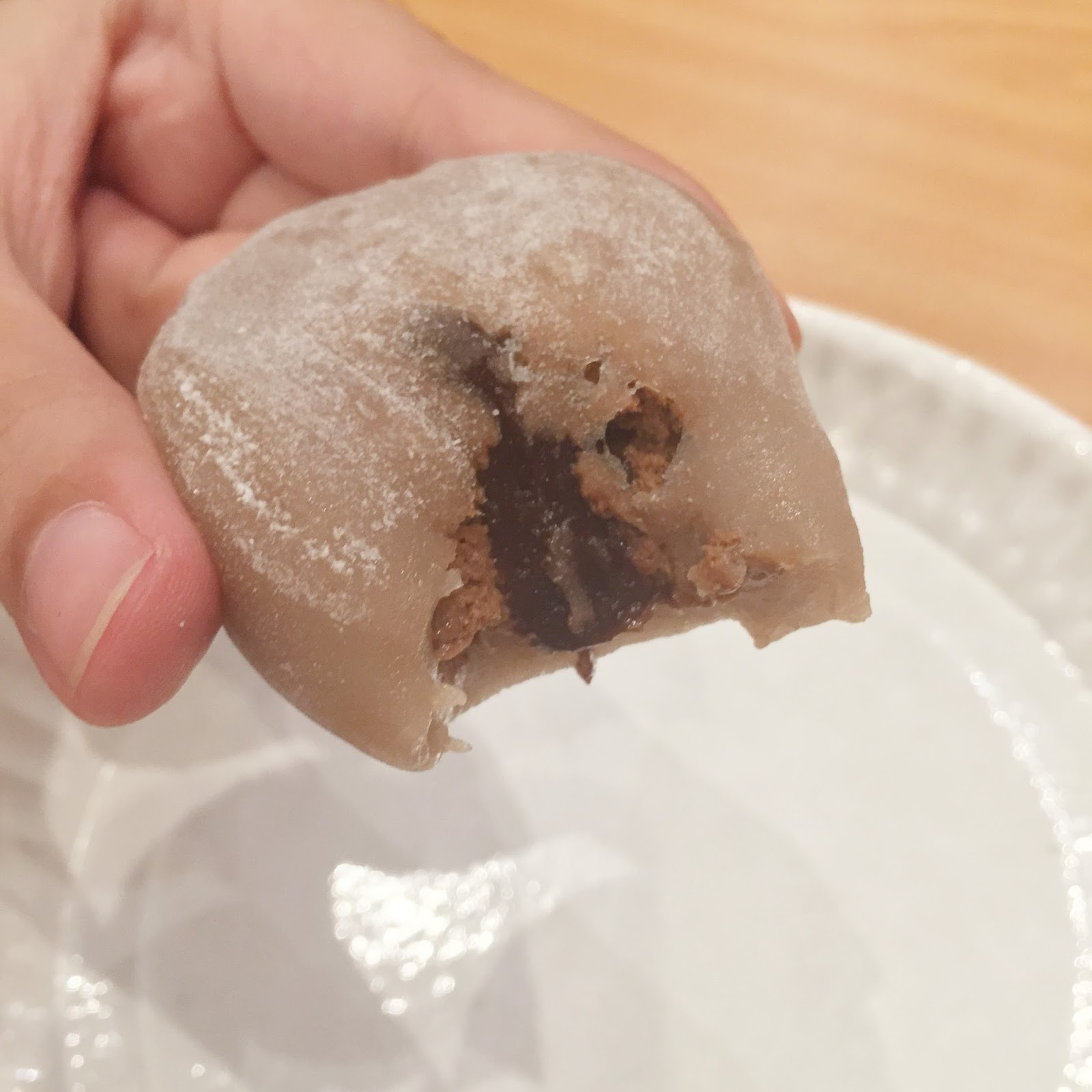 free chocolate mochi ice cream