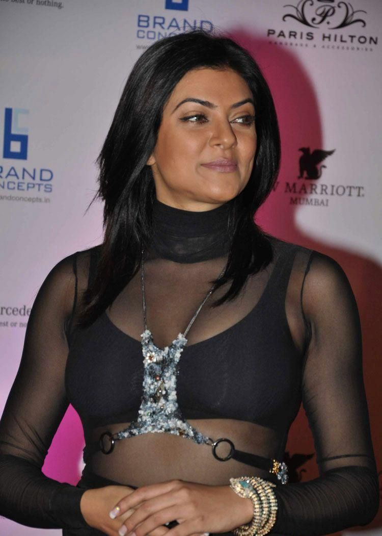 Transparent Bollywood Actress