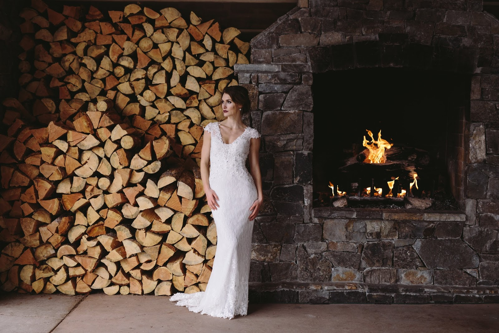 Montana Winter Wedding Venue / The Lodge at Whitefish Lake