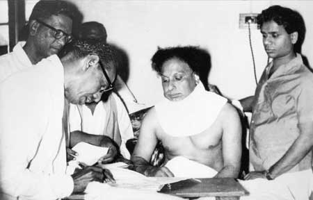 MGR Signing Nomination for MLA in Hospital