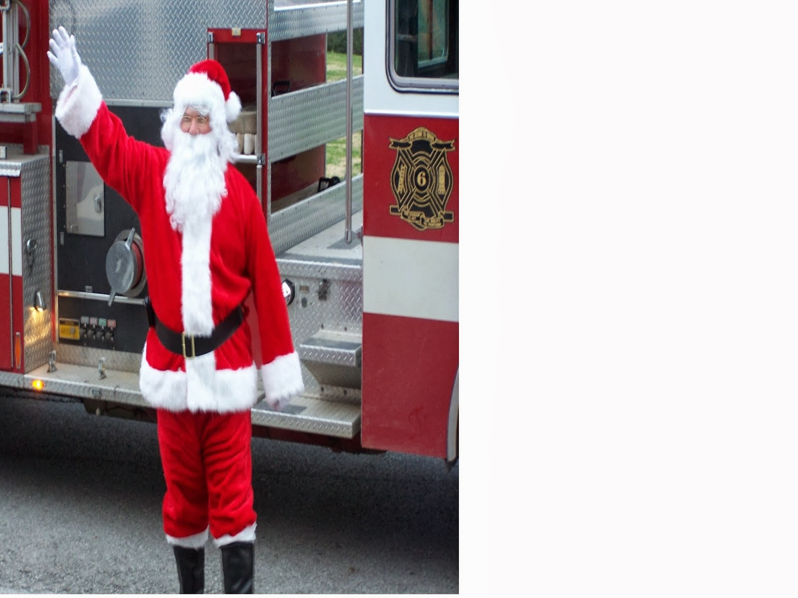 Santa is coming to the Pall Mall!