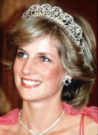 pictures princess diana dead body. hot Princess Diana - Death