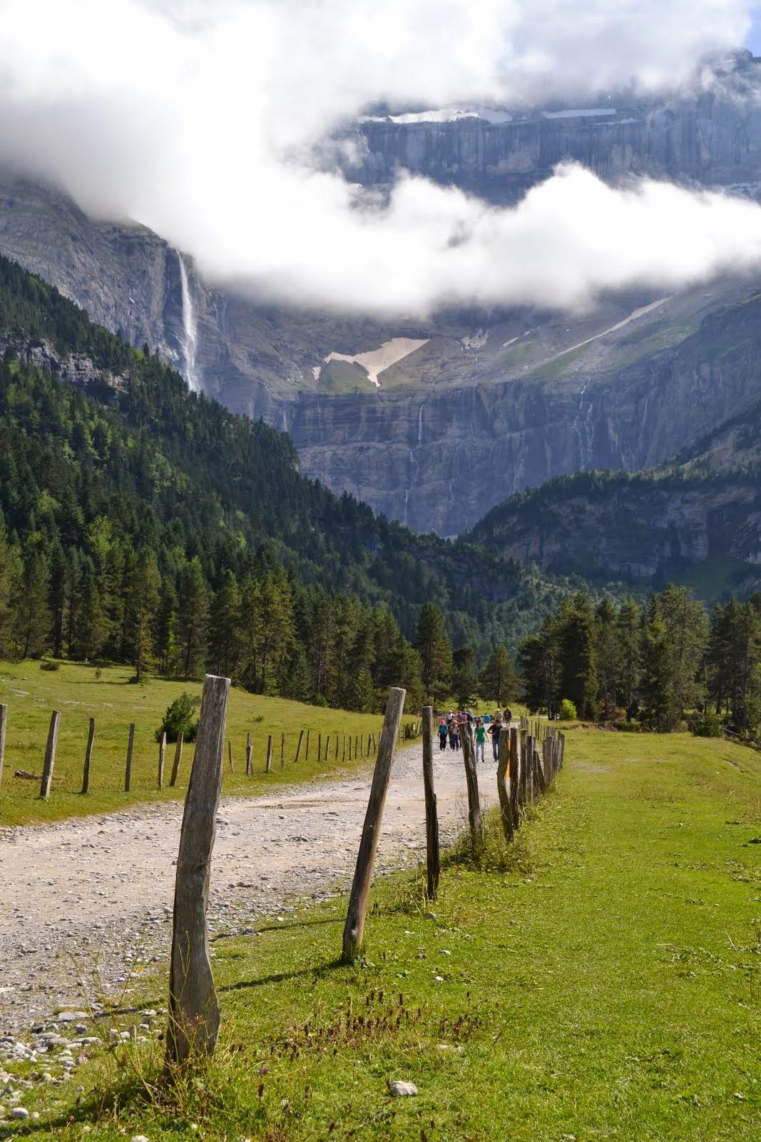'Pensando en la llegada olvidamos la belleza del camino...'