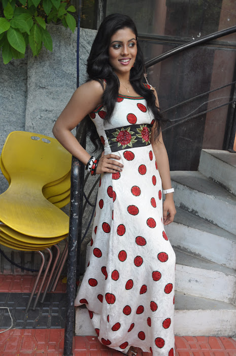 iniya @ mouna guru movie team press meet unseen pics