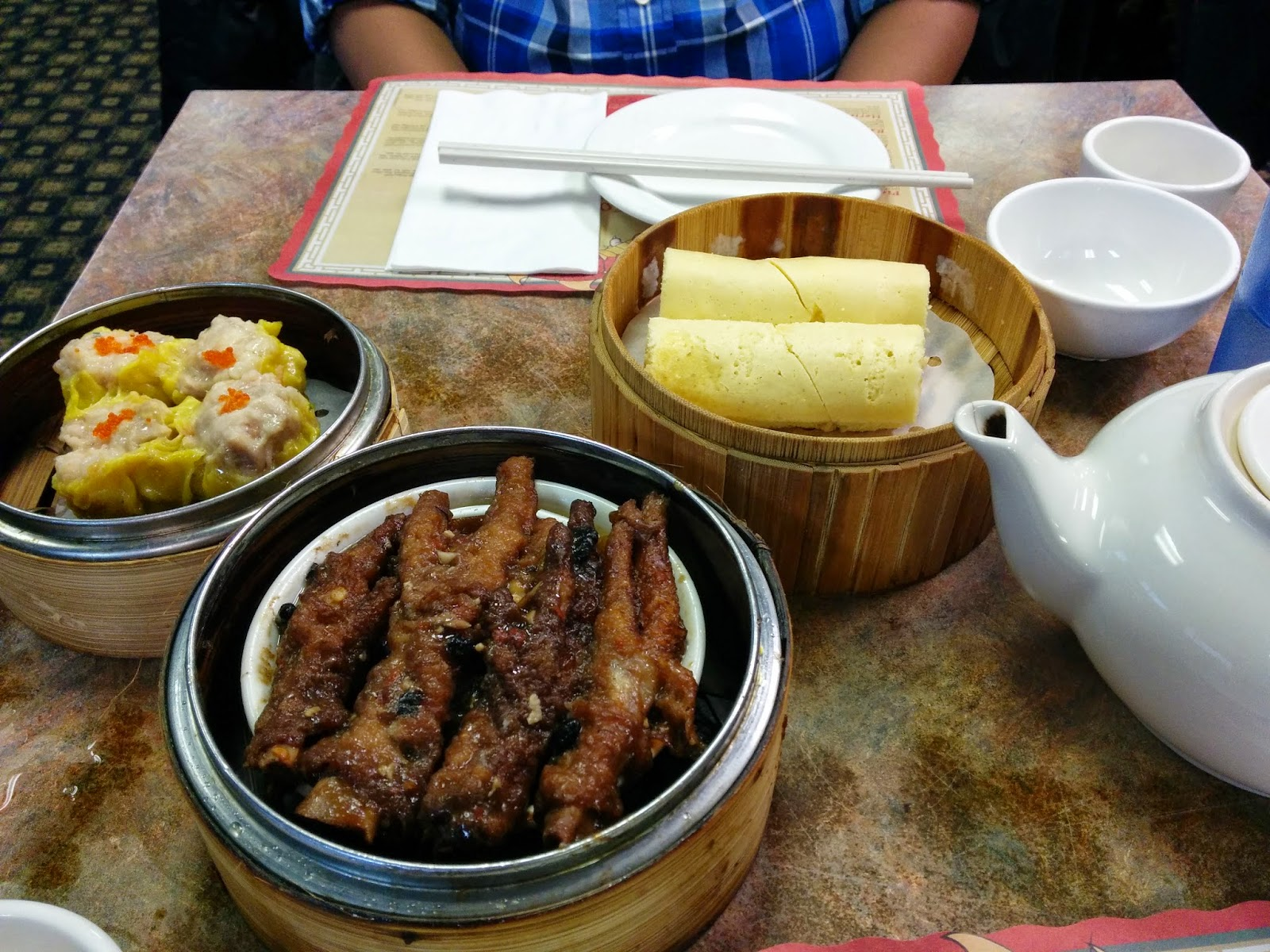 Anything everything on me yip hongs dim sum restaurant for Asian cuisine saskatoon