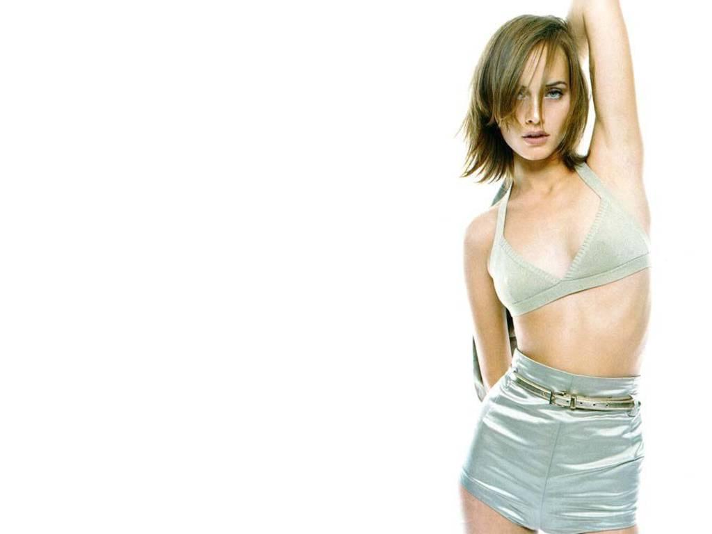 http://2.bp.blogspot.com/-nAeLFxlP2x4/T4JwQIMgYDI/AAAAAAAAKSs/cxGodwwvnlc/s1600/Amber-Valetta-5.JPG