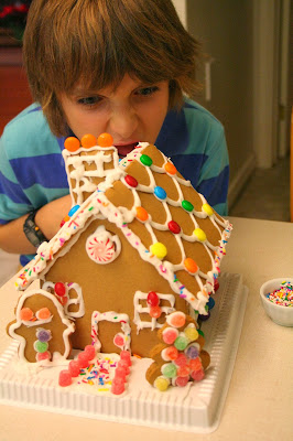 Focus on life ~ A pop of red :: Gingerbread house making, a Christmas tradition :: All Pretty Things