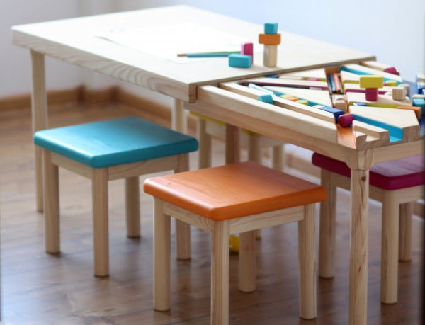 BAWA table for children