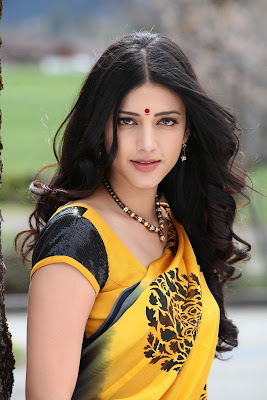 Tamil actors Shruti Hassan