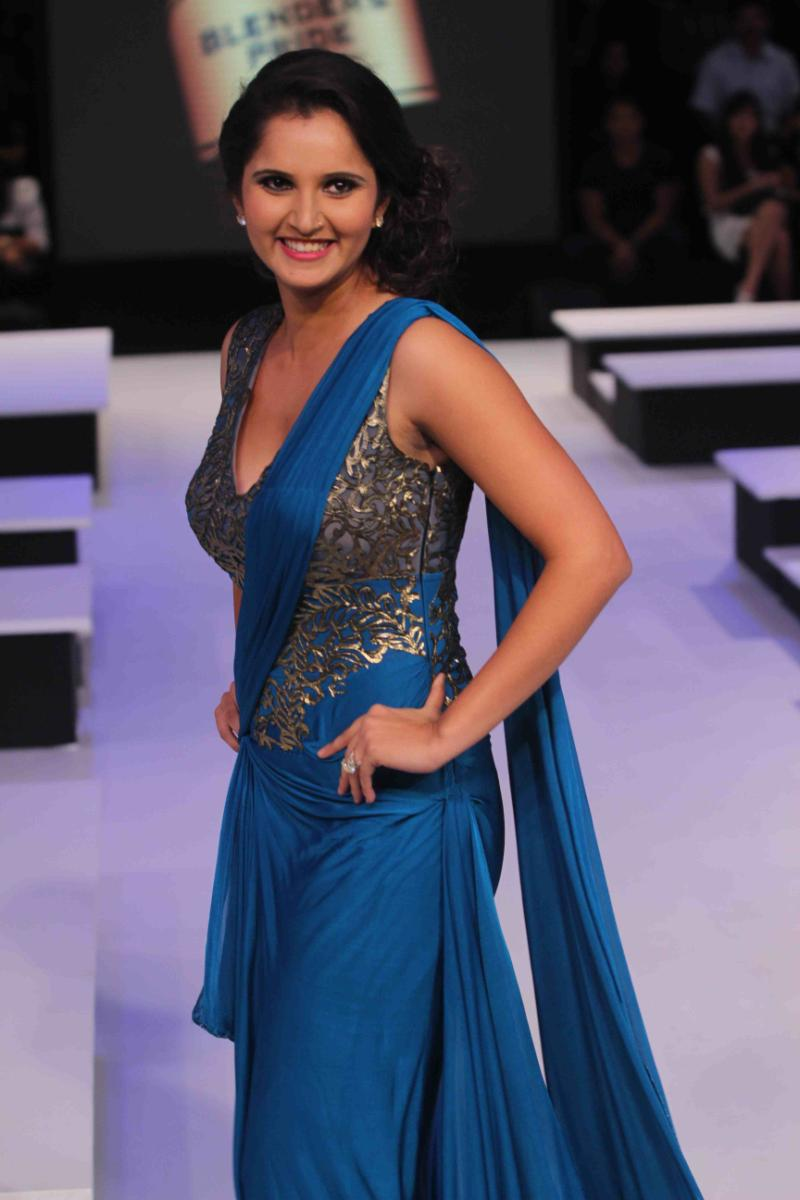 Indian beautiful saniya bhabhi fucking hard - 3 4