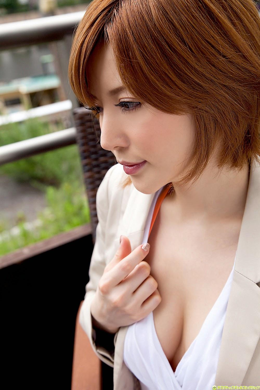 yuria-satomi-00980837