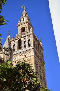 Giralda desde Plaza Inmaculada - Sevilla