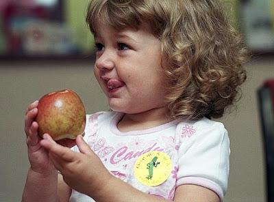 manfaat buah apel untuk anak-anak