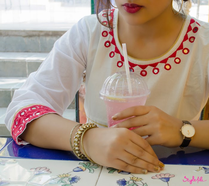 Kurta, Jewellery, Earrings, Bindi, Salwar, Indian, Traditional, Ethnic, Clutch, Side bun, Iced tea