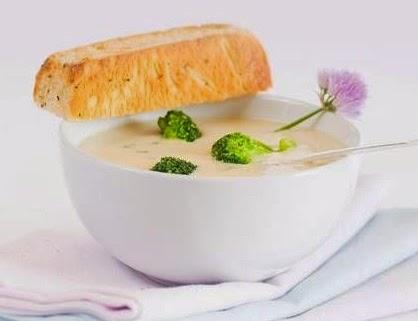 Kremalı Brokoli Çorbası Tarifi Kolay Yapımı