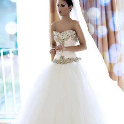 White Stylish Wedding Dress