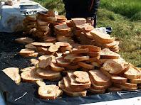 El pa amb tomàquet, sucat de forma tradicional, una delícia d'aquesta caminada