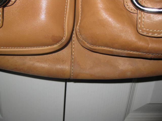 Чем почистить красный кожаный кошелек в домашних  345