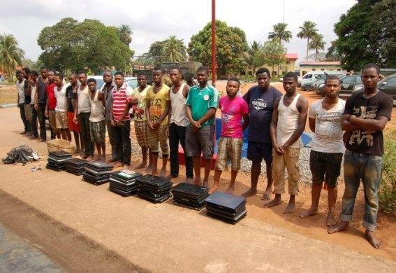 Efcc Arrests 20 Internet Fraudsters In Benin