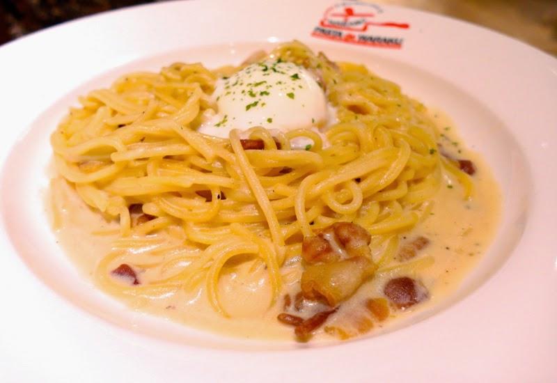 Pasta De Waraku Restaurant Changi Airport Terminal 2 Japanese Food Carbonara Review lunarrive blog Singapore