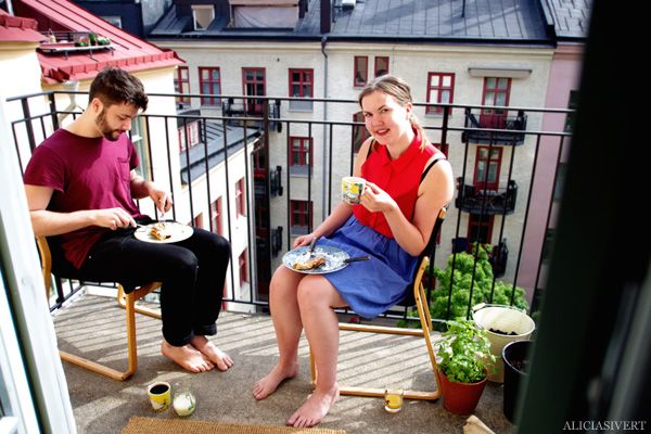 aliciasivert, alicia sivertsson, brunch, pannkakor, pannkaksbrunch, balkong, balcony, pancakes, den sensationella lisa, john