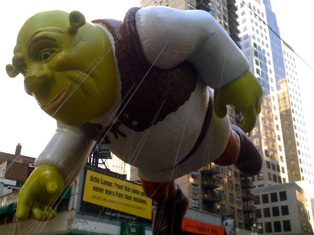 Shrek macy's parade