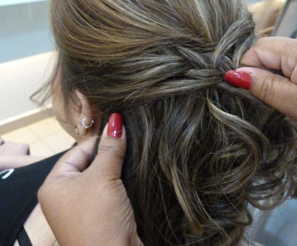 Como fazer penteado para o Natal -  Trança embutida desconstruída, passo a passo com fotos