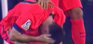 Poker Online : Messi Tertimpuk Botol Saat Rayakan Gol BusquetsPenyerang Barcelona