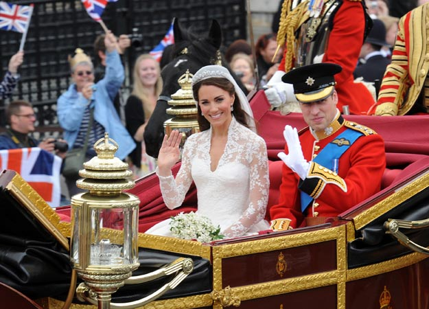 William and Kate wedding, royal wedding, wedding carriage, wedding transportation, how to find wedding transportation, how to save on wedding transportation, Catholic wedding planning, Catholic wedding blog, Catholic wedding, Catholic bride