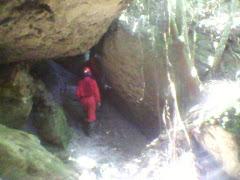 Caverna nas proximidades do pico do Frazão Mariana-MG