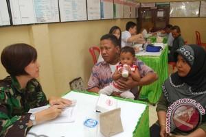 Satgas Pengamanan Perbatasan RI - Timor Leste Adasak Pengobatan Gratis