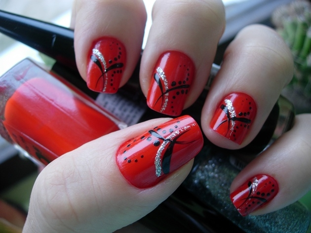 Red Nails  Beautiful Red Nail Art Ideas : Everything About Fashion