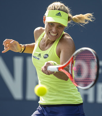 Kerber 'upsets' Azarenka in clash of Stanford champs