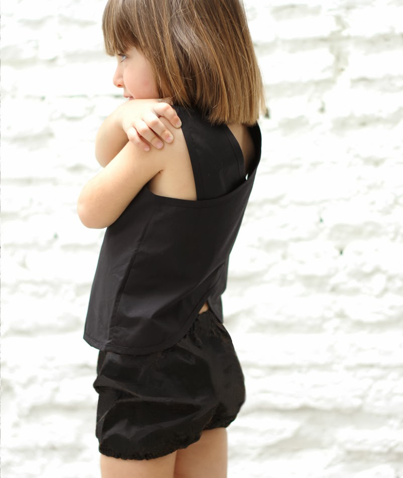 Black cross back blouse by Spanish kids fashion brand Motoreta