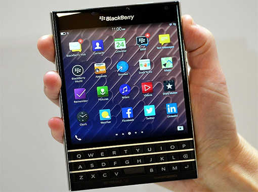 blackberry passport pic