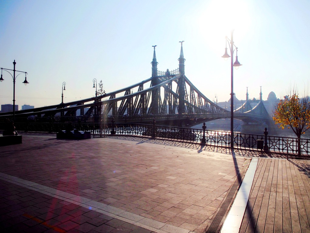 hungary budapest tourist attractions liberty bridge