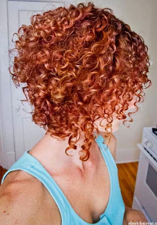 cabelos-cacheados-combinam-vermelho-1